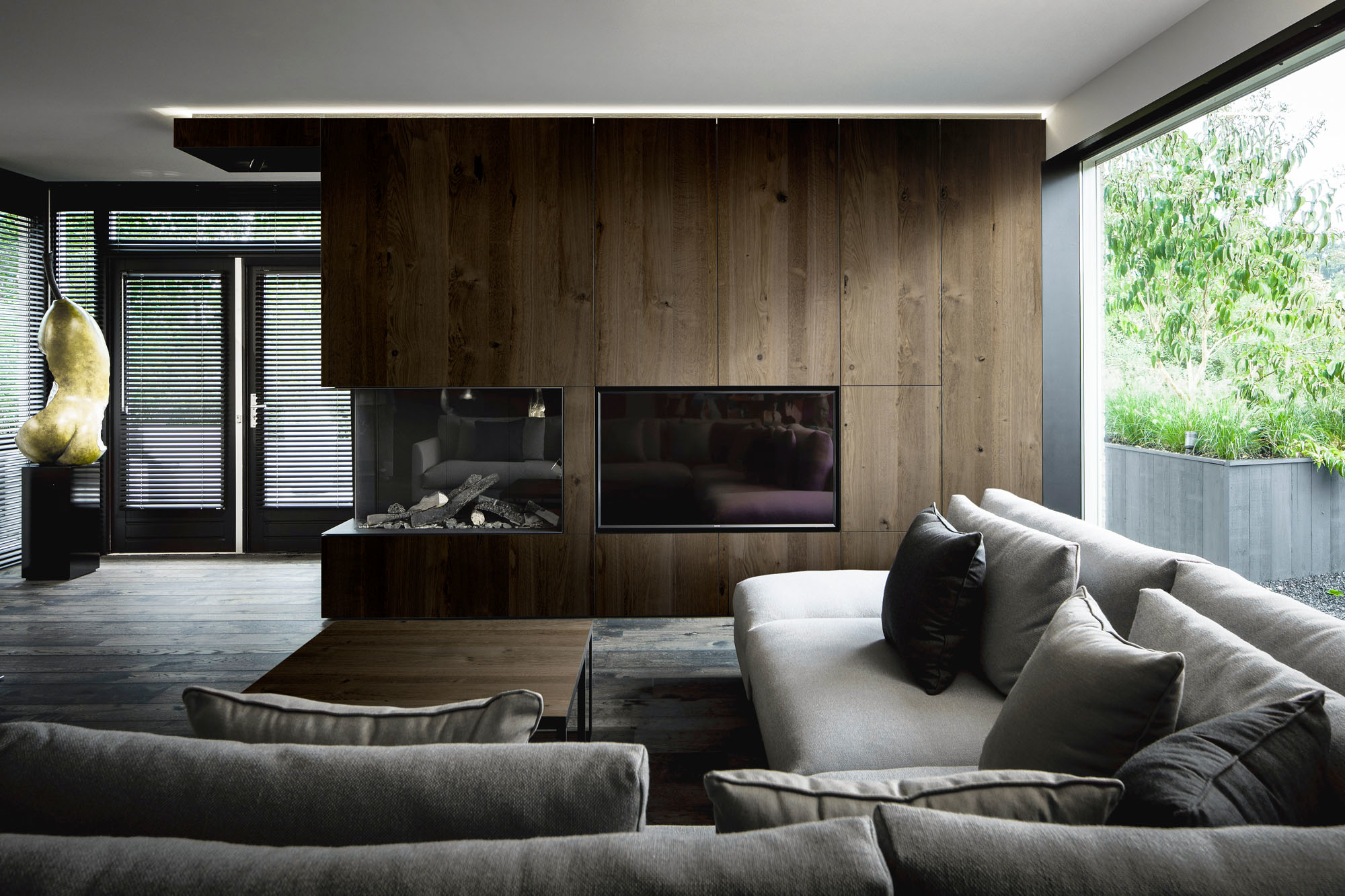 Design: Bob Manders - Photo: Peter Baas